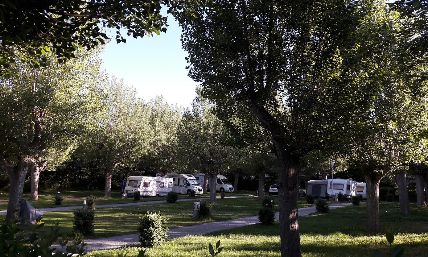 caravans3